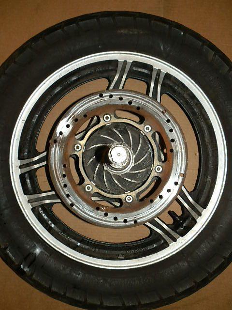 84 HONDA V65 SABRE VF1100 MOTORCYCLE REAR 17 ENKEI RIM WHEEL AXLE